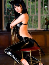 Sexy asian kitten Mizuho Hata looks incredible in her skin tight leather